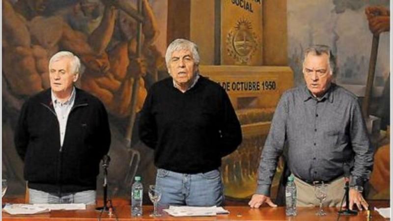 La CGT recurre a exlíderes para sostener al triunvirato y evitar nueva fractura