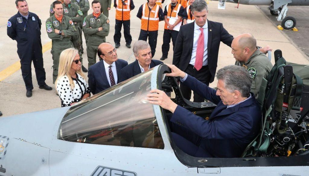 El Presidente Mauricio Macri  presentó los aviones que combatirán el narcotráfico en la frontera