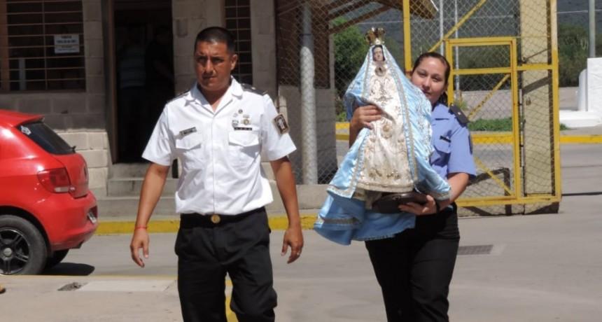 La Virgen visitó el Servicio Penitenciario