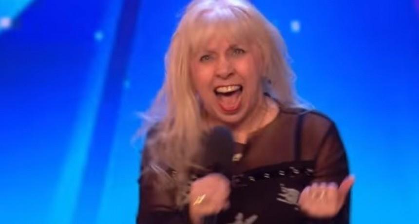 "Abuela rockera se luce cantando clásico de AC/DC en ""Britain's Got Talent"""