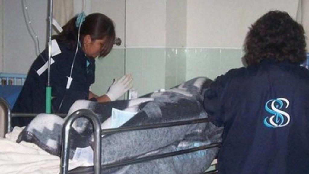 Cuatro adolescentes violaron con palos y fierros a una amiga de 16: la chica murió