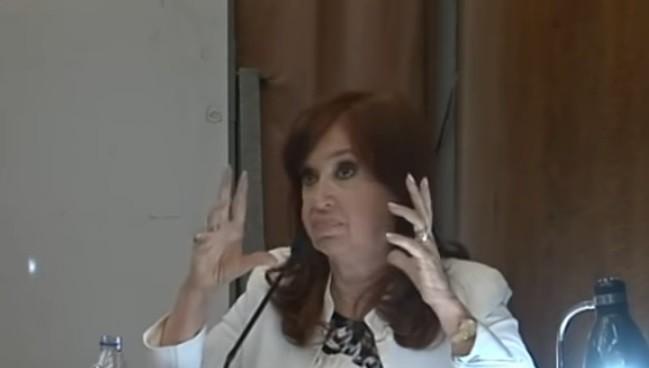 Cristina: Furiosa con los jueces y los medios,  se victimizó en su indagatoria, y dijo que la historia ya me absolvió