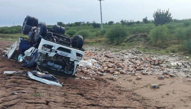 Falleció  al ser aplastado por la cabina del camión que conducía en tremendo vuelco