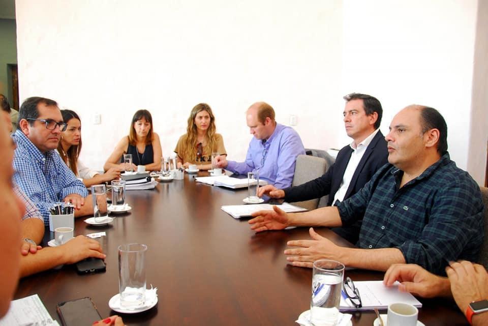 Saadi se reunió con su gabinete