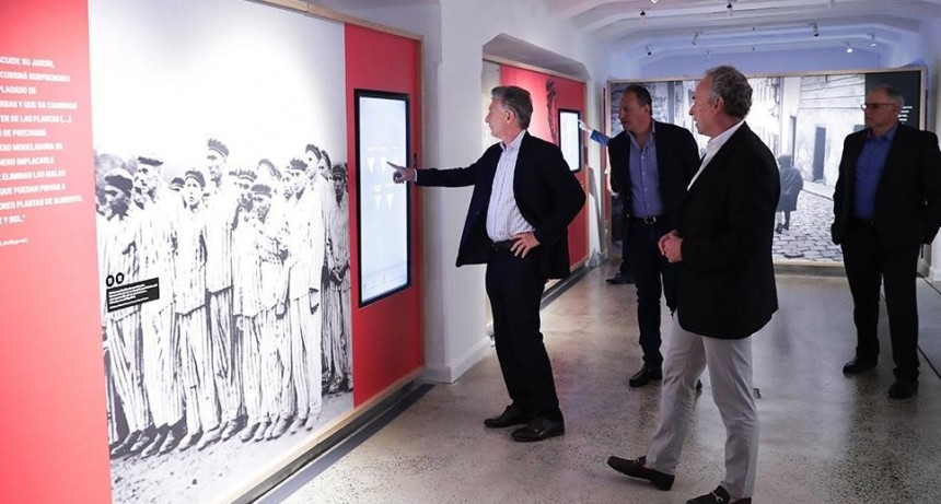 Macri visitó el Museo del Holocausto y pidió Defender la convivencia, el respeto y el diálogo