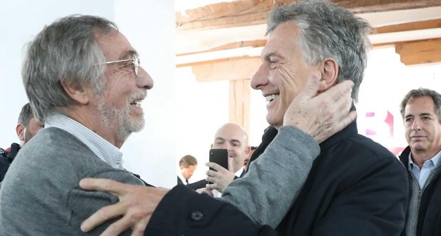 Macri, ante simpatizantes argentinos en Madrid: Vamos a ayudar, pero no vamos a callar