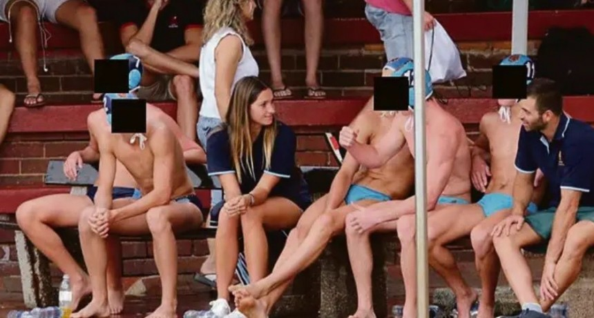 Sudáfrica: una profesora de waterpolo tuvo sexo con cinco alumnos de una escuela de élite