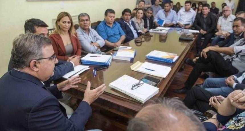 Jalil les comunicó a los intendentes la creación de la Agencia Recaudadora