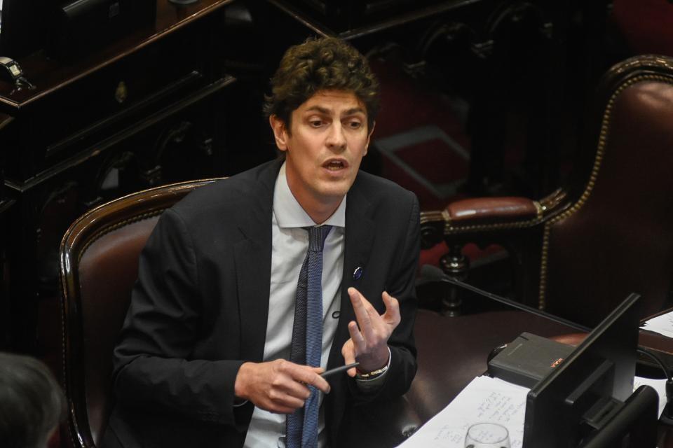 """Martín Lousteau: """"No se castiga al jefe de Gobierno, se castiga a los porteños y a todos los argentinos"""""""