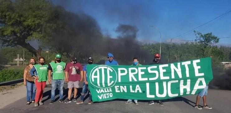 Reclamo salarial y caos vehicular por una protesta de ATE Valle Viejo